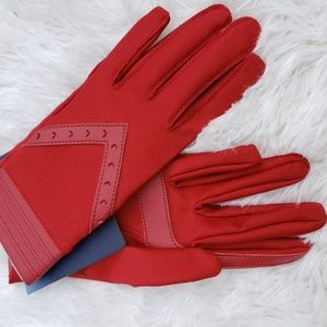 NWT Isotoner Red Gloves smartDRI smarTouch